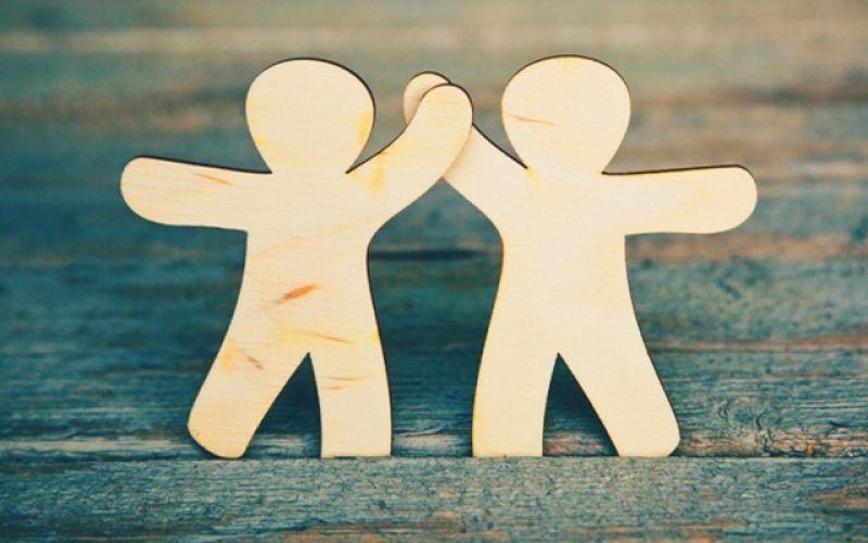 Οι φίλοι στη ζωή μας μας κάνουν πιο ανθεκτικούς στον πόνο!