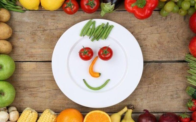 Πως να βελτιώσετε την ψυχική σας υγεία μέσω της διατροφής