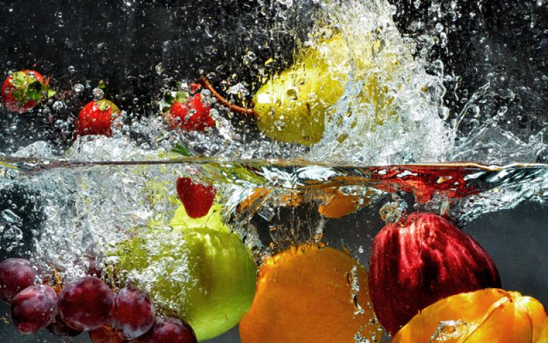 Πώς καθαρίζω φρούτα και λαχανικά - Ξύδι, λεμόνι ή σαπούνι;