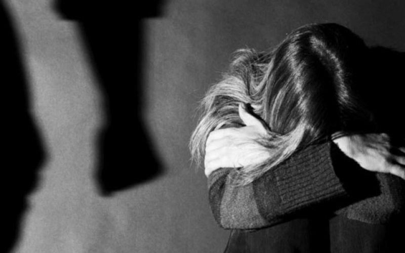 Ενδοοικογενειακή βία: Μένουμε σπίτι, μένουμε ασφαλείς;