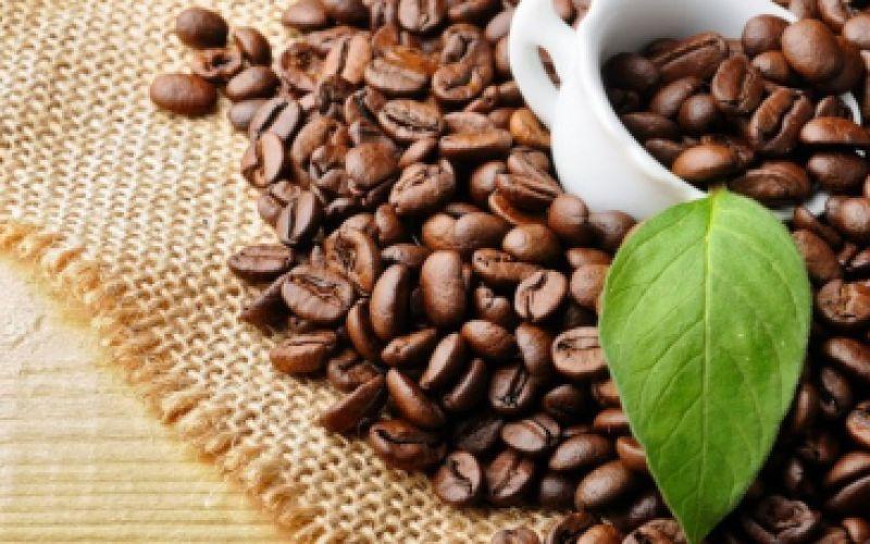 Λαμπερά μαλλιά και δέρμα με τη δύναμη του καφέ!
