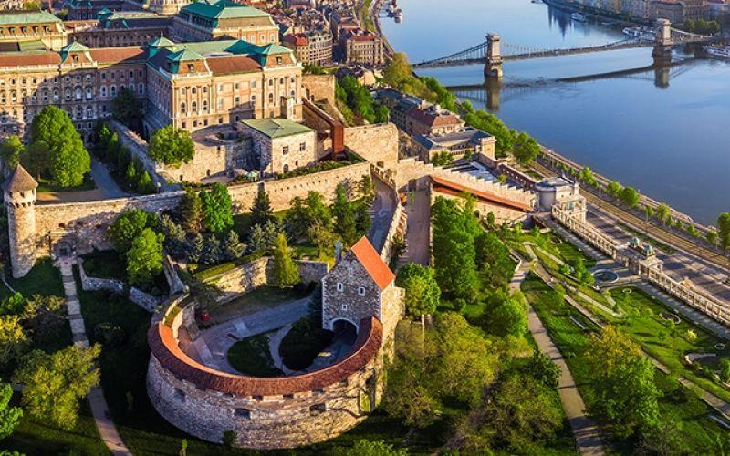 Βουδαπέστη: Μία «βασίλισσα» στον Δούναβη